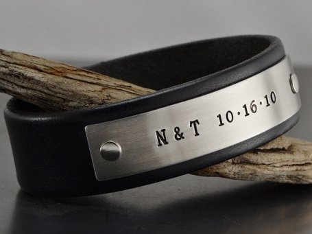 Men's leather personalised bracelet - www.etsy.com/shop/MavenMetalsInc