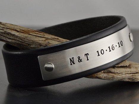 Men's leather personalised bracelet - www.etsy.com/shop/MavenMetalsInc