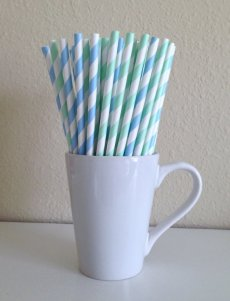 Mint and light blue paper straws - www.etsy.com/shop/PuppyCatCrafts