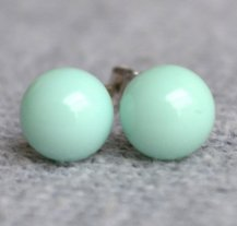 Mint stud earrings - www.etsy.com/shop/luckyjewelry8