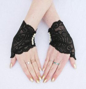 Steampunk black gloves - www.etsy.com/shop/Steampunkwolf