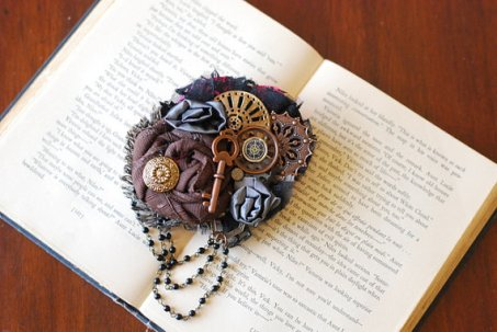 Steampunk hair accessory - www.etsy.com/shop/LilyMairi