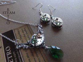 Steampunk necklace and earrings set - www.etsy.com/shop/SteamRetro