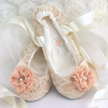 Flower girl ballerina flats - www.etsy.com/shop/SolBijou