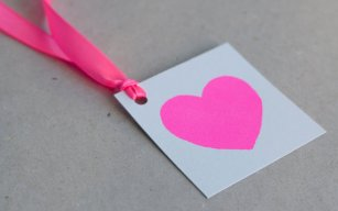 Neon pink gift or thank-you tags - www.etsy.com/shop/NEONLDN