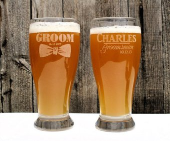 Personalised groom and groomsmen beer glasses - www.etsy.com/shop/ScissorMill
