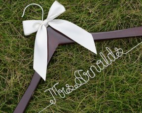 Personalised wedding hanger - www.etsy.com/shop/haomaihanger