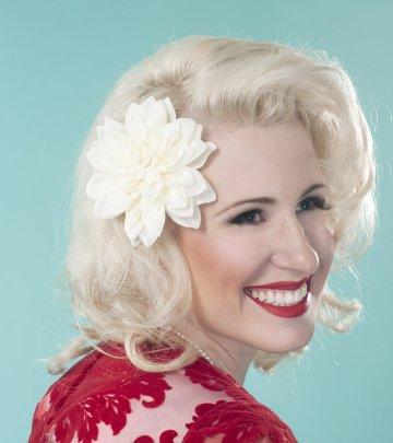 Dahlia hair accessory - www.etsy.com/shop/VintageBox1947