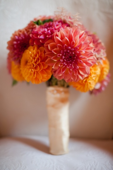 Dahlia wedding bouquet {via pinterest}