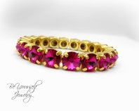 Fuchsia and gold bracelet - www.etsy.com/shop/BeYourselfJewelry