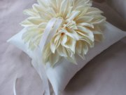 Ivory dahlia ring pillow - www.etsy.com/shop/Allofyou