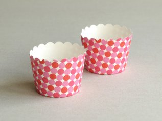 Pink and red cupcake wrappers - www.etsy.com/shop/SQUISHnCHIPS