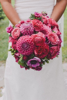 Purple dahlia bouquet {via brides.com}