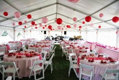 Red and pink wedding reception {via eliteeventsrental.blogspot.com}