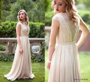 Wedding gown - www.etsy.com/shop/TingBridal