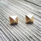 14k gold geometric stud earrings - www.etsy.com/shop/MetalRibbonStudio