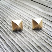 14k gold geometric stud earrings - www.etsy.com/shop/MetalRibbonStudio