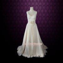 Chiffon wedding dress (US$499) - www.etsy.com/shop/ieie