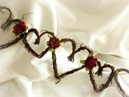 Christmas wedding heart garland - www.etsy.com/shop/HandmadeAffair