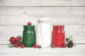 Christmas wedding mason jar centrepieces - www.etsy.com/shop/KAStylesMasonJars