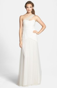 Monique Lhuillier wedding dress (US$350) - nordstrom.com