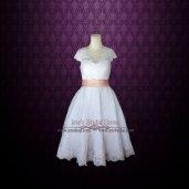 Tea-length wedding dress (US$359) - www.etsy.com/shop/ieie