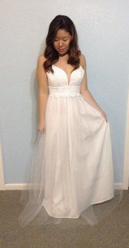 Tulle and lace wedding dress (US$330) - www.etsy.com/shop/MelissaLynnHaner