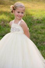 Flower girl tutu dress - www.etsy.com/shop/DreamingInBlush