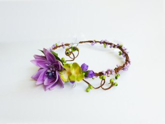 Lilac and green floral crown - www.etsy.com/shop/LumilinA