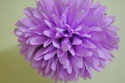 Lilac tissue-paper pompom - www.etsy.com/shop/PomVillage
