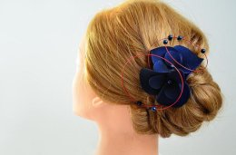 Red and navy fascinator - www.etsy.com/shop/MyArtDeco