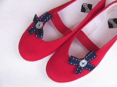 Red and navy flower girl shoes - www.etsy.com/shop/CzarnaBiedronka