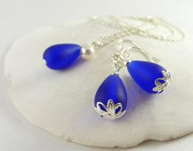 Bridesmaid necklace and earring set - www.etsy.com/shop/LinaColors