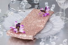 Rose-gold sequinned napkins - www.etsy.com/shop/SparkleSoiree