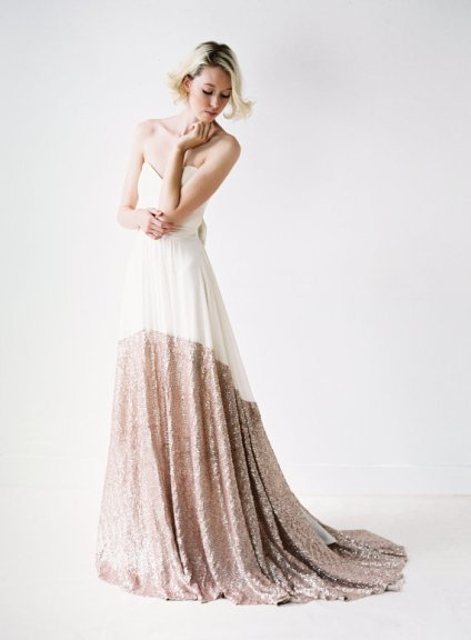 White and rose-gold wedding dress - www.etsy.com/shop/Truvelle
