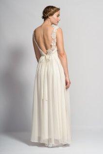 Lace and chiffon wedding dress - www.etsy.com/shop/TomomiOkubo