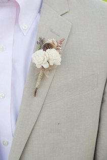 Rustic boutonniere - www.etsy.com/shop/WilliamandWillow