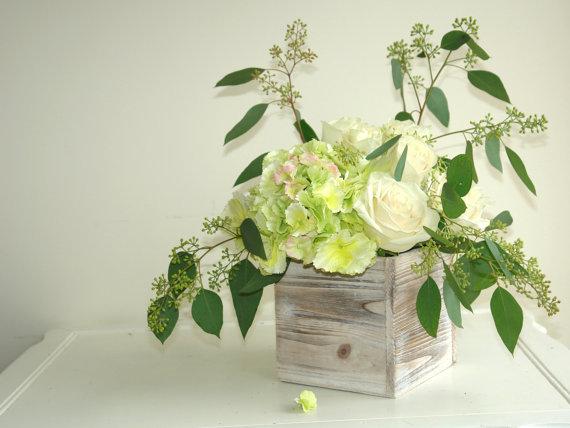 Wooden planter boxes for centerpieces - www.etsy.com/shop/MalvinaArt