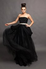 Black wedding dress - www.etsy.com/shop/PantoraBridal