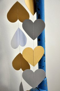Gold and grey heart garland - www.etsy.com/shop/SeptemberGrey