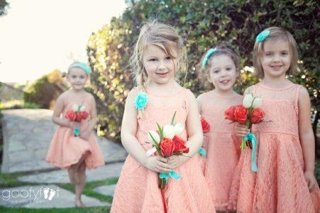 Lace flower girl dresses - www.etsy.com/shop/kailynzoeandco