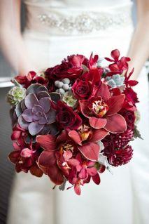 Marsala wedding bouquet {via stylemepretty.com}