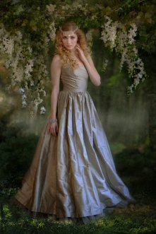 Silver-grey wedding dress - www.etsy.com/shop/kimeradesign