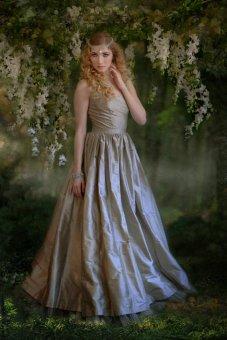 Silver-grey wedding dress - www.etsy.com/shop/kimeradesign