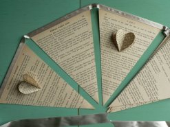 Vintage book bunting - www.etsy.com/shop/PayPahKut
