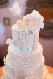 Blush and silver wedding cake inspiration {via bakingwithangels.blogspot.com}