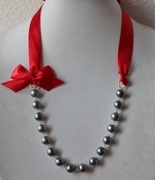 Red and grey necklace - www.etsy.com/shop/JewelrybyAshNicole