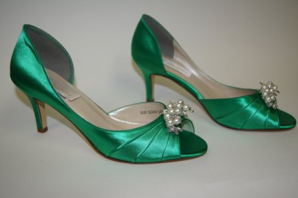 Emerald wedding heels - www.etsy.com/shop/Parisxox