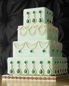 Mint and emerald wedding cake inspiration {via marthastewardweddings.com}