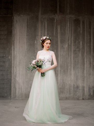 Mint wedding gown - www.etsy.com/shop/Milamirabridal